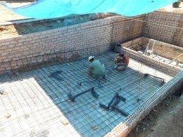 Swimming pool building